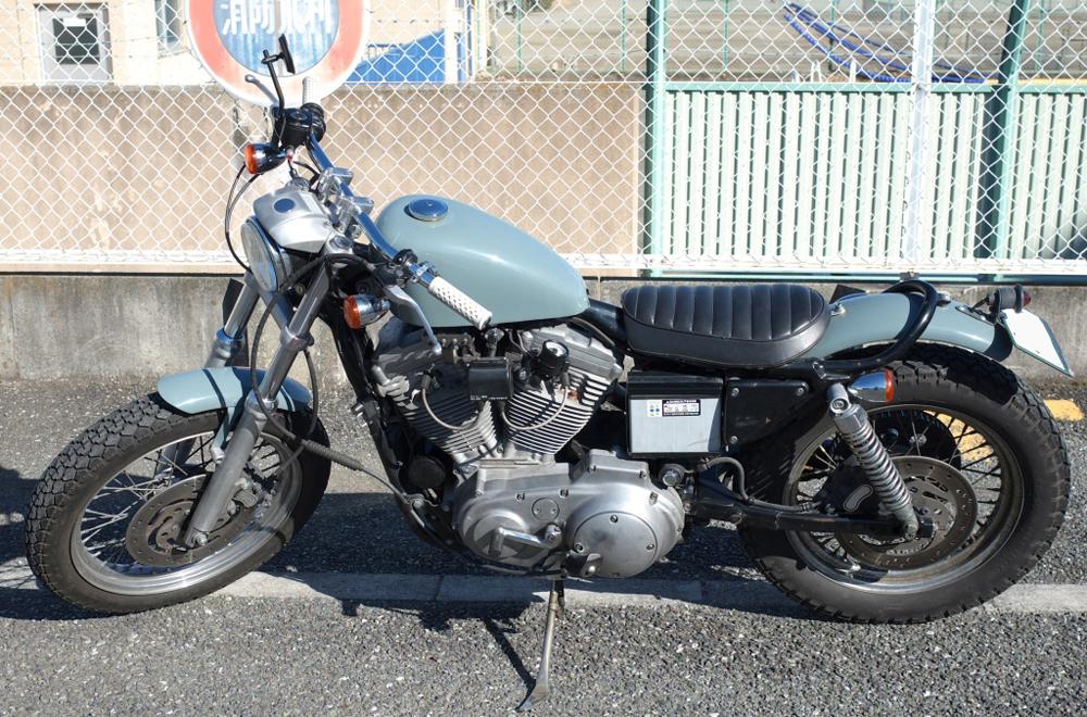 XL883R ロードスター