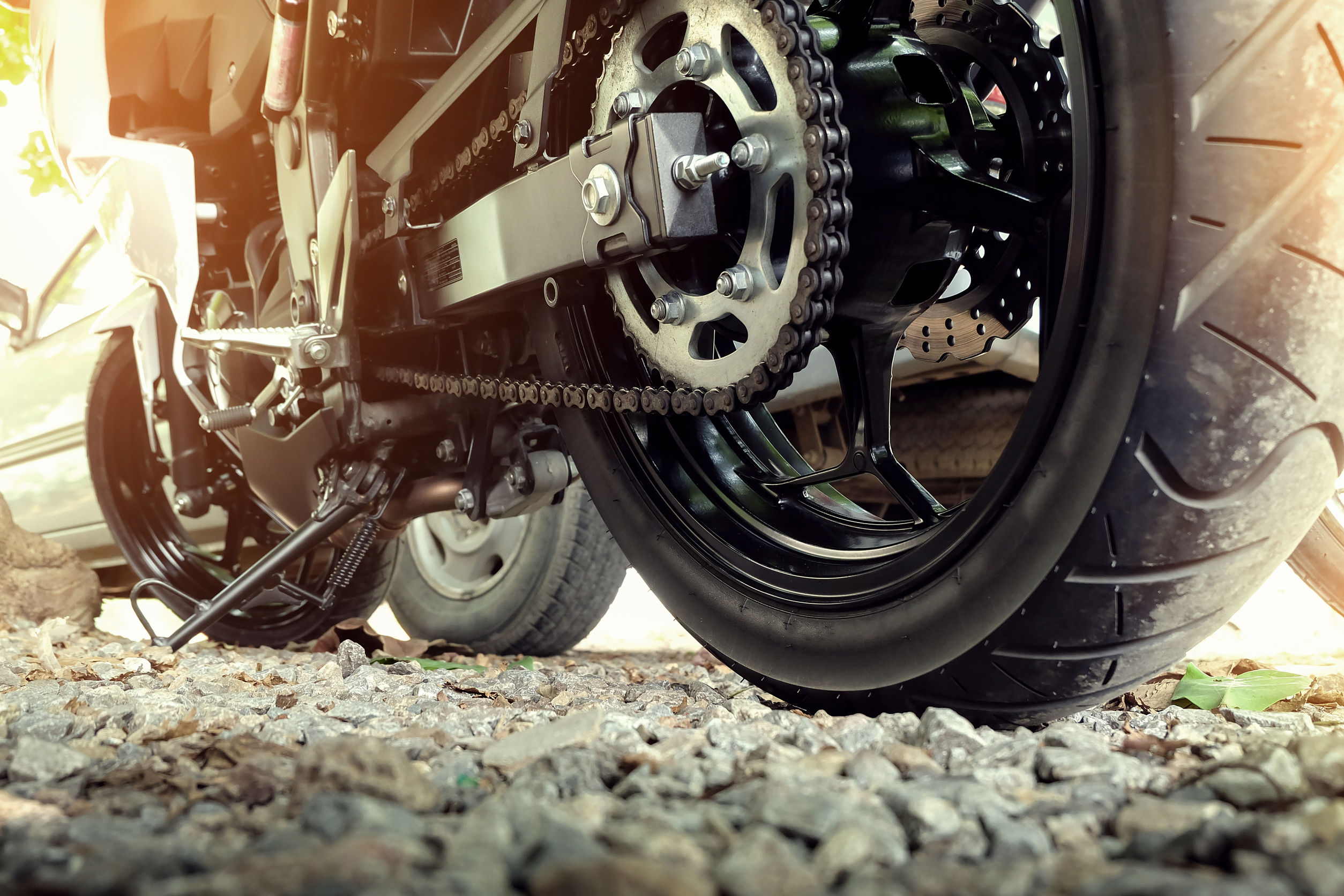 バイクのチェーン注油・清掃・メンテナンス方法!頻度・距離の目安は?