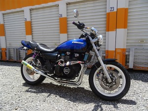 カワサキ Kawasaki ゼファー 400